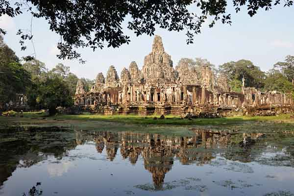 "<span class=""text2"">Bayon temple in Angkor Thom</span>"