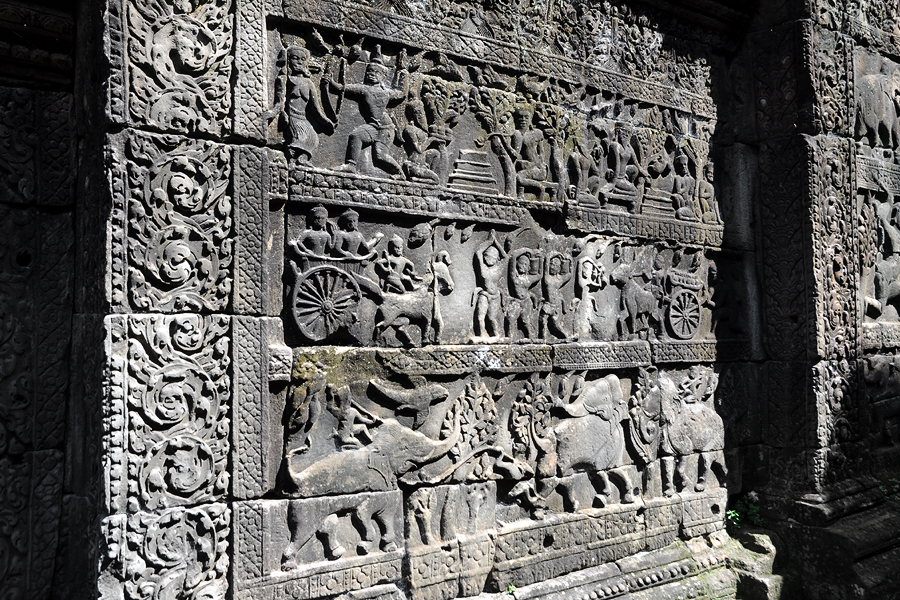 Baphuon bas-reliefs panels