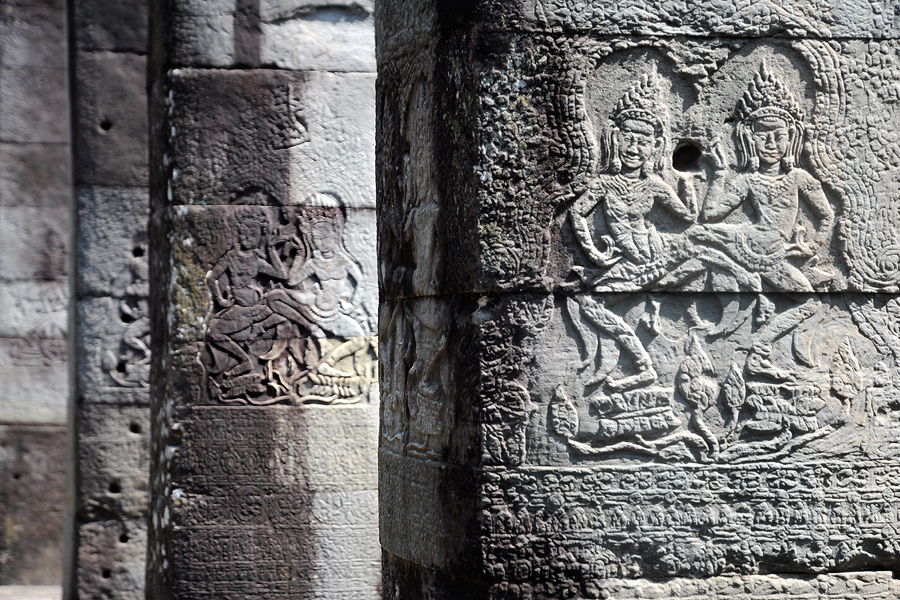 Banteay Kdei hall of dancers