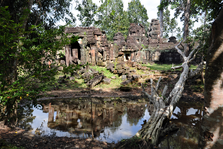 Banteay Prei west side
